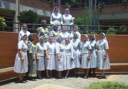 misioneras-de-maria-inmaculada-y-santa-catalina-de-sena1810.jpg