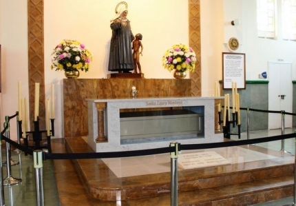 reliquia-santa-laura-montoya2768.jpg
